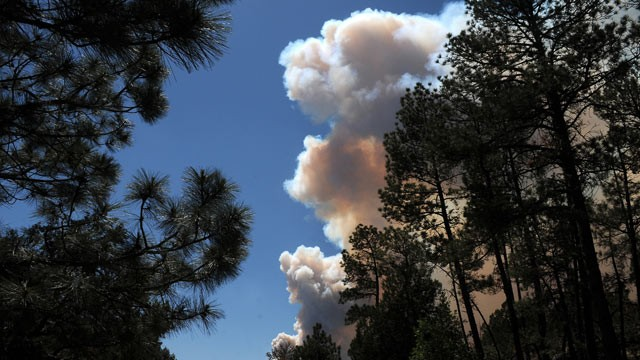 High Park Fire: Smoke From 60 Miles Away Blankets Denver; 43433 Acres ...