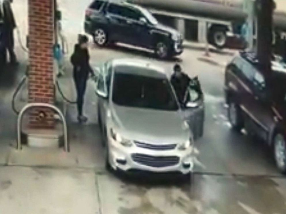 Carjacking caught on camera, foiled by Good Samaritan