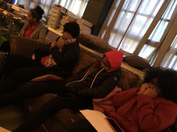'PHOTO: @ComedianKhairy tweeted photos on Dec. 13, 2017 showing students1_b@b_1Western High School in Baltimore, Md., in classrooms that have been without heat for over 2 weeks.' from the web at 'http://a.abcnews.com/images/US/baltimore-school-2-ht-jt-180106_4x3_608.jpg'
