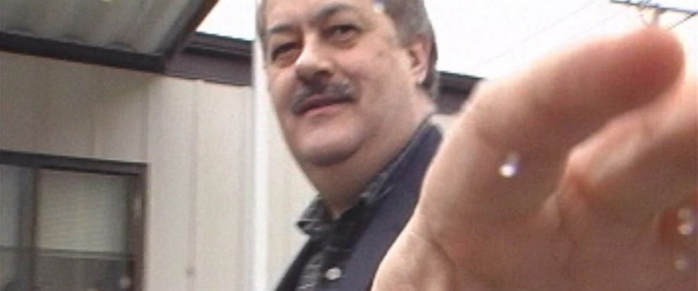 PHOTO: Massey Energy then-CEO Don Blankenship confronts ABC News camera in 2008.