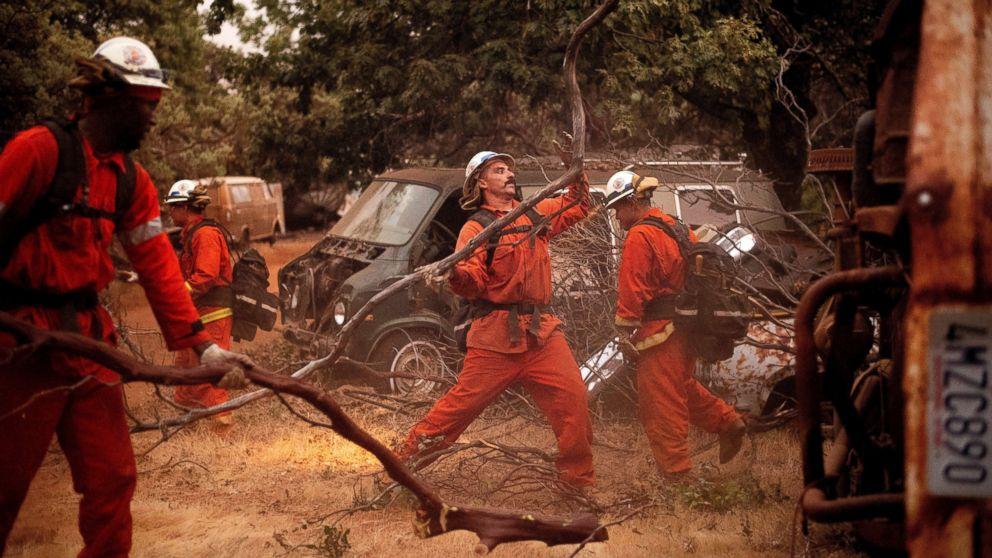 http://a.abcnews.com/images/US/cal-wildfire-ap-mo-20180718_hpMain_16x9_992.jpg