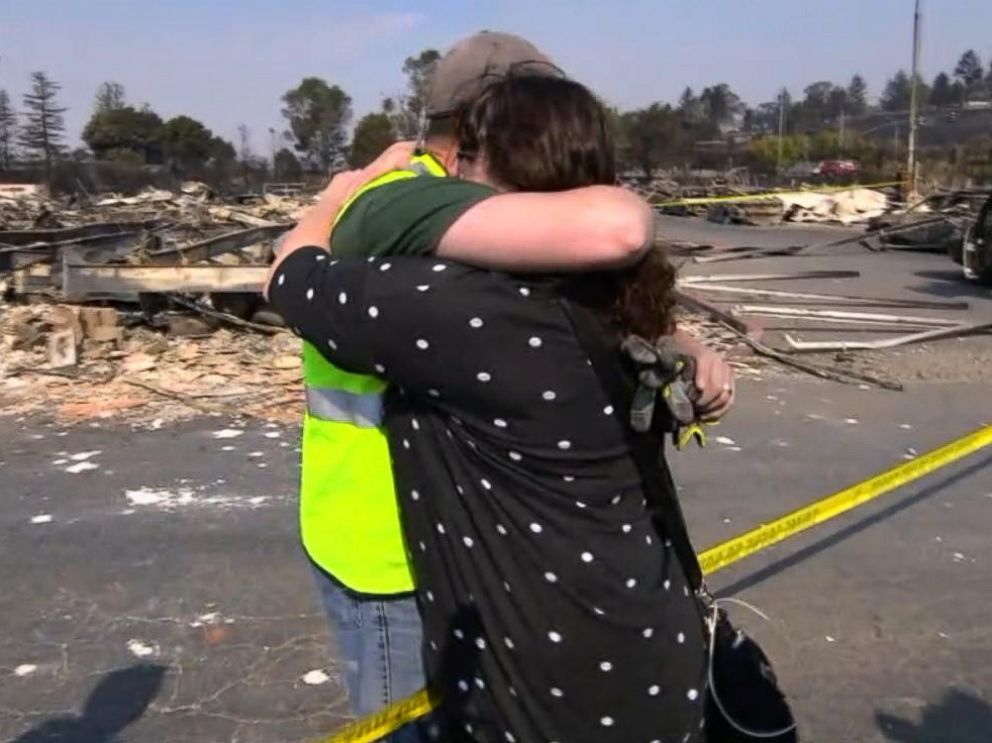 PHOTO: Bob Tunis and his sister, Jessica Tunis, embrace after discovering their mothers remains in Santa Rosa, Calif., Oct. 11, 2017.