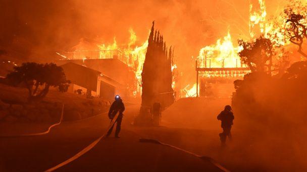 http://a.abcnews.com/images/US/california-wildfires-04-ap-hb-171206_16x9_608.jpg