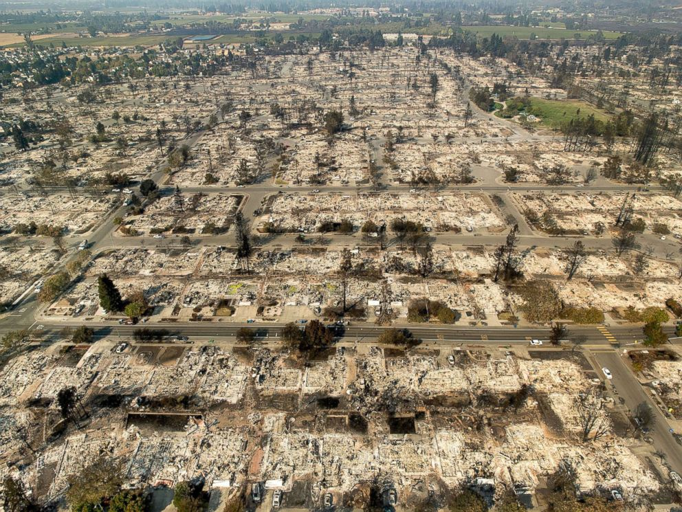 PHOTO: Homes leveled by the Tubbs fire line the Coffey Park neighborhood of Santa Rosa, Calif., Oct. 11, 2017.