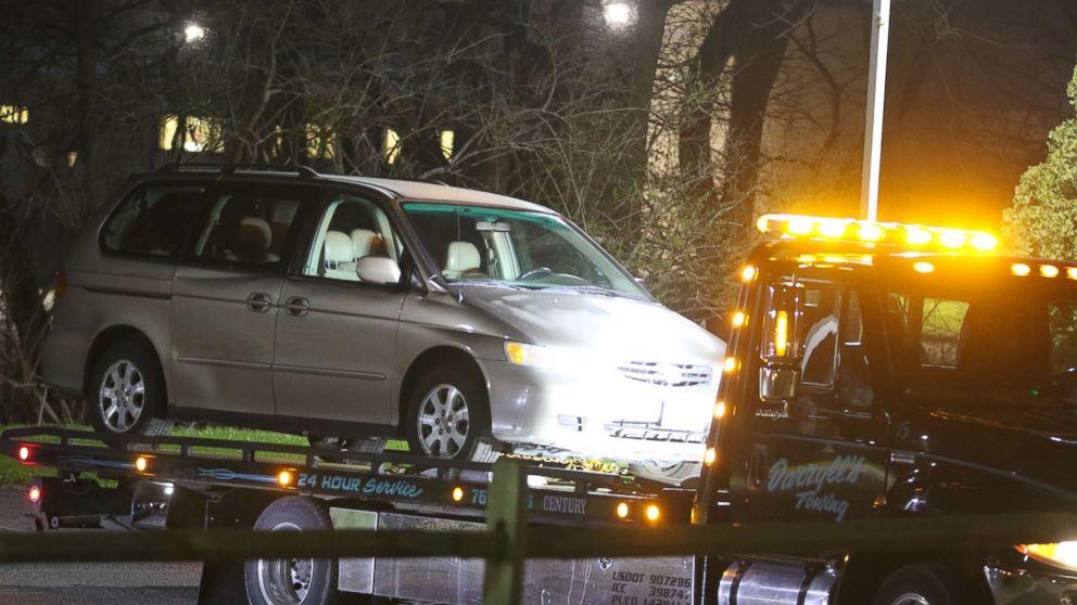 http://a.abcnews.com/images/US/car-death-3-us-er-180412.jpg_hpMain_16x9_992.jpg