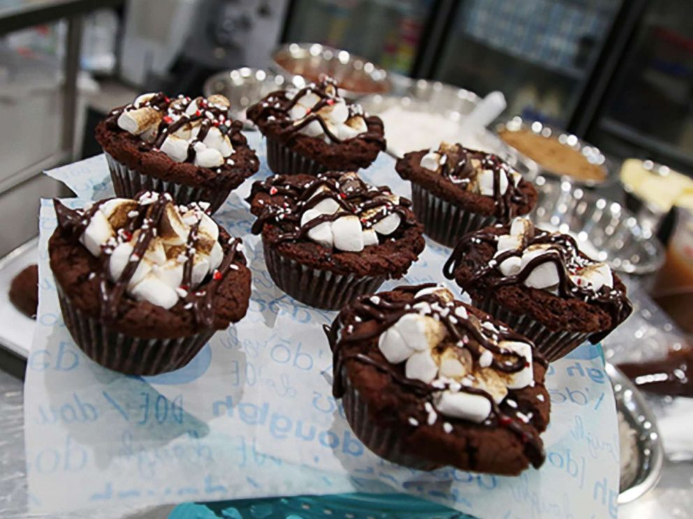 PHOTO: Kristen Tomlan, the founder of Do, a New York City bakery, shared her recipe for peppermint hot cocoa cookie dough bombs with GMA.