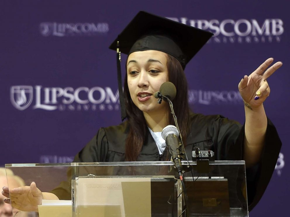 PHOTO: In this Dec. 18, 2015 photo, inmate Cyntoia Brown of the Tennessee Prison for Women delivers a commencement address before receiving her associate degree from Lipscomb University.