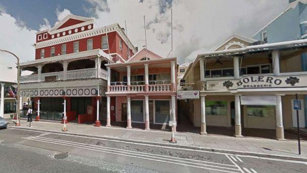 http://a.abcnews.com/images/US/dog-house-bermuda-ugc-mo-20180319_16x9_608.jpg