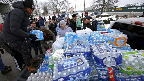 http://a.abcnews.com/images/US/flint-water-crisis-1-ap-thg-180420_hpMain_16x9_608.jpg
