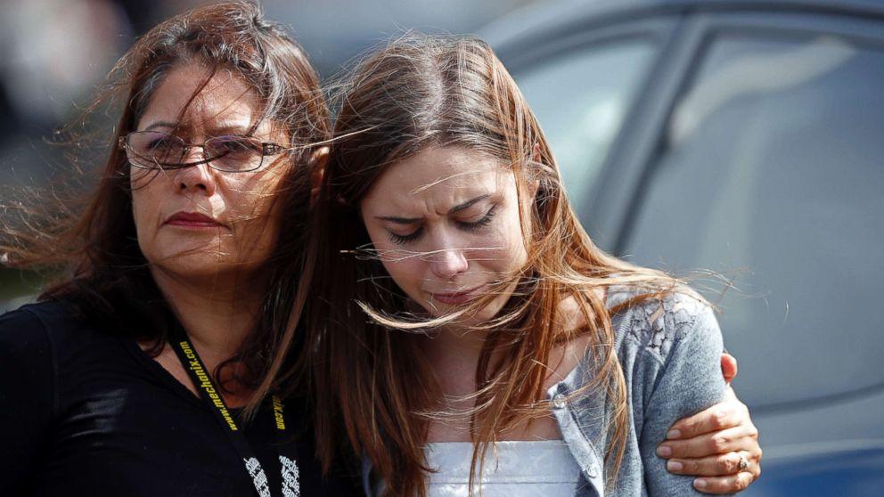 http://a.abcnews.com/images/US/funerals-13-ap-er-180219_16x9_992.jpg