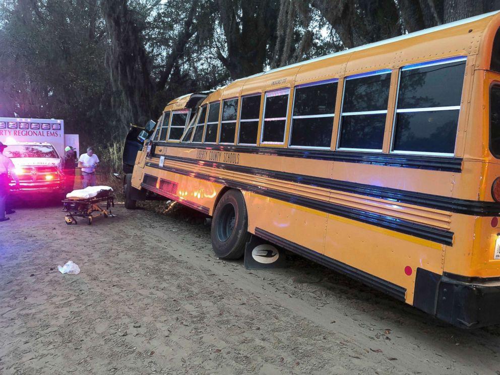 PHOTO: Authorities investigate the scene where a school bus crashed, Dec. 5, 2017, in Gum Branch, Ga.