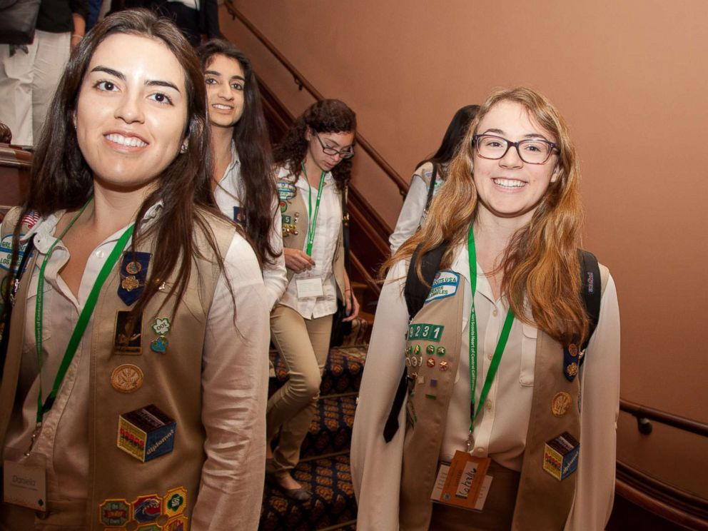 girl scouts slam boy scouts decision to accept girls