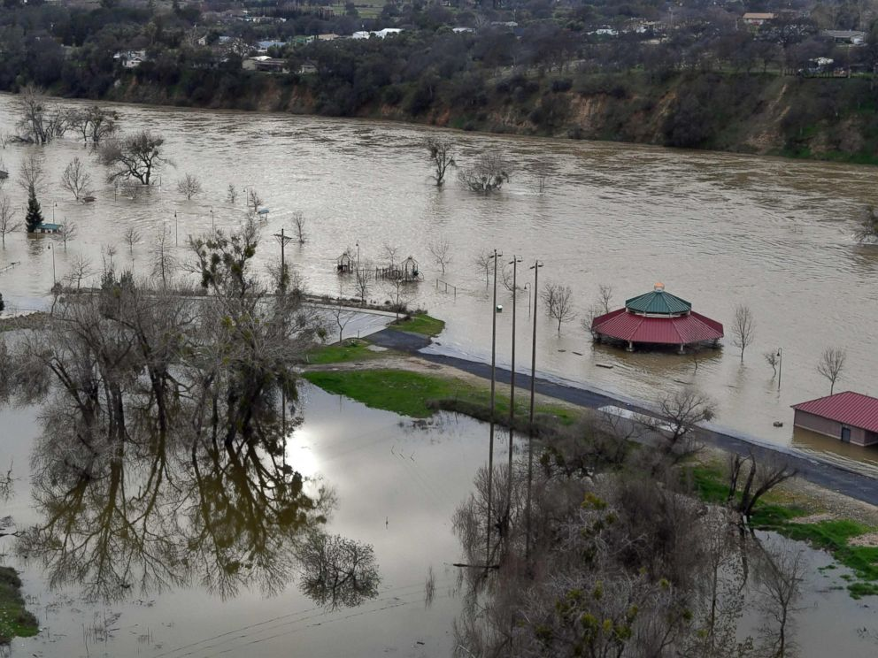 PHOTO: Riverbend Park is seen under flood water in Oroville, California, Feb. 13, 2017.