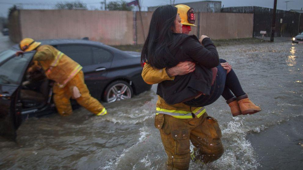 http://a.abcnews.com/images/US/gty-storm-2-er-170218_16x9_992.jpg