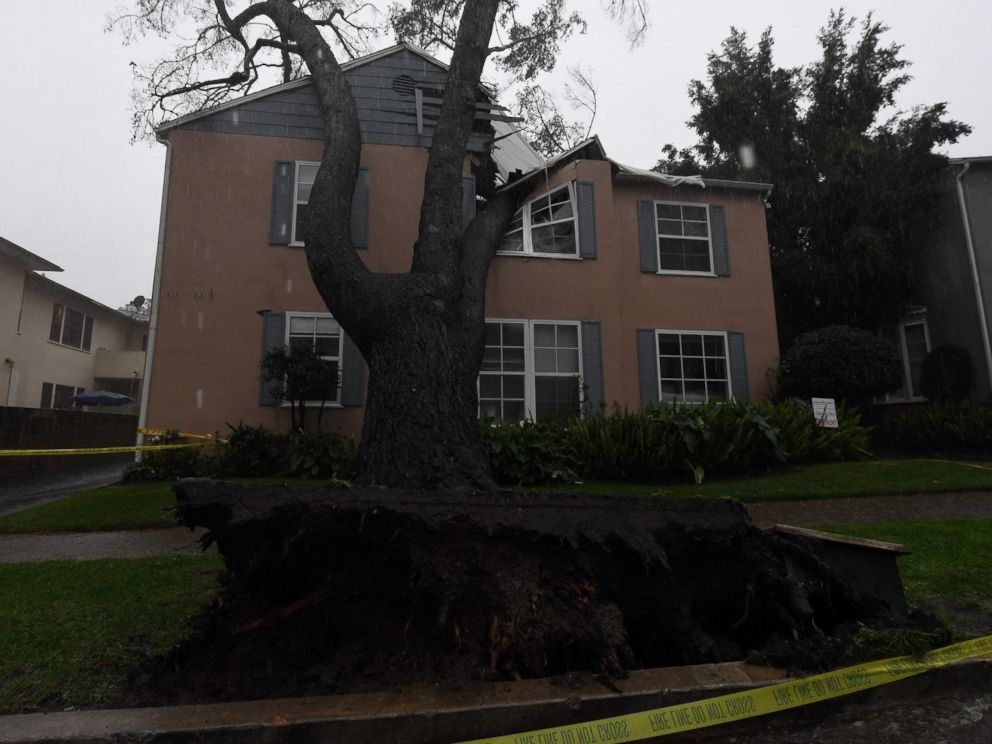 PHOTO: An apartment building was badly damaged after a 75 foot tall tree crashed onto it as the strongest storm in six years slams Los Angeles, Feb. 17, 2017.