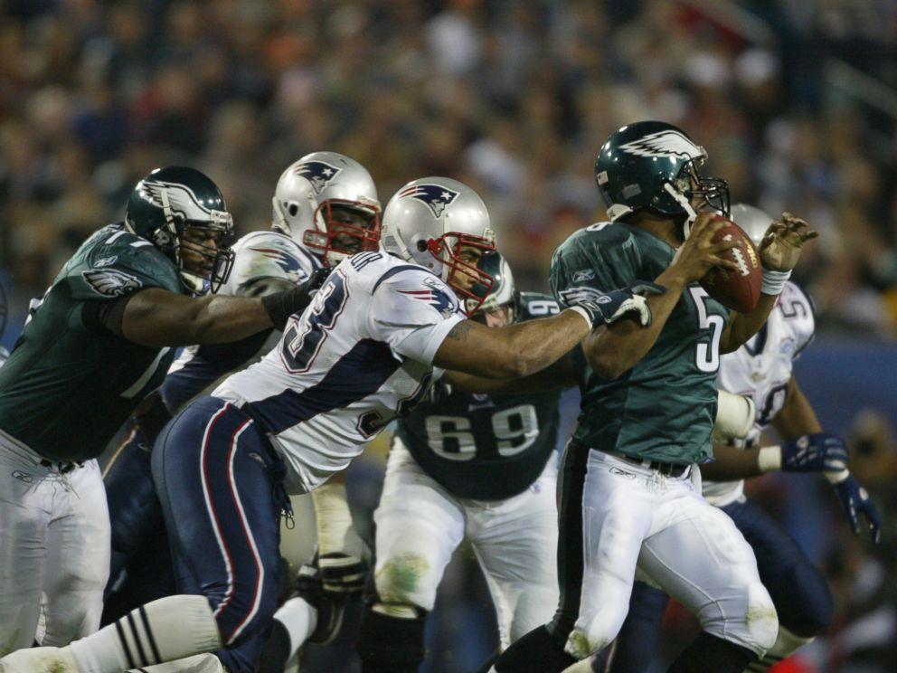 PHOTO: Philadelphia Eagles Donovan McNabb against New England Patriots Richard Seymour during Super Bowl in Jacksonville, Fla, on Feb.6, 2005 at ALLTEL Stadium.