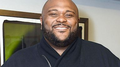 PHOTO: Singer Ruben Studdard backstage at Amateur Night at The Apollo Theater, March 6, 2013 in New York City