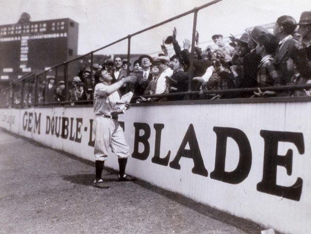 gty babe ruth 8 fans kb 130710 blog Babe Ruth Back in the Day