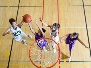 http://a.abcnews.com/images/US/gty_basketball_girls_nt_120622_mn.jpg