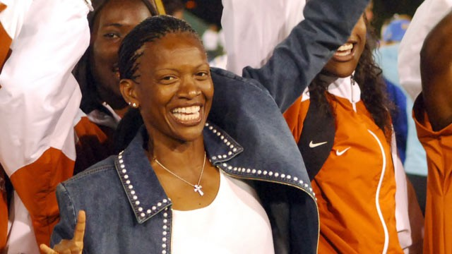 PHOTO: Texas women's coach Bev Kearney celebrates with her team after the Longhorns won the team title in the NCAA Track &amp; Field Championships at Sacramento State's Hornet Stadium in Sacramento, Calif. on June 11, 2005.