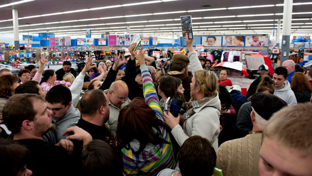 PHOTO: Black Friday Sales