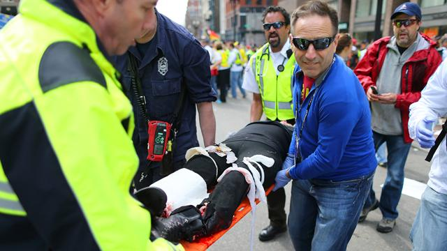 Marathon Bystanders Quick to the Rescue