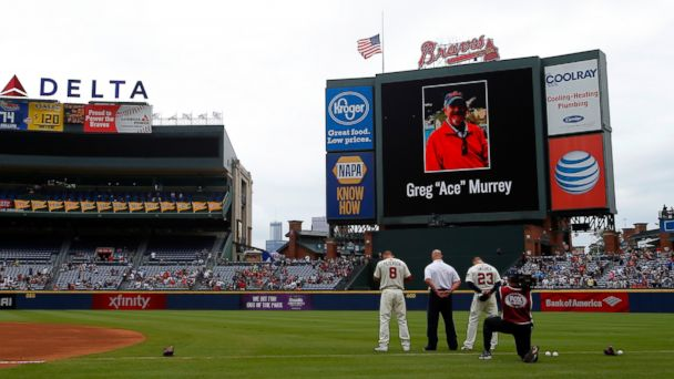 http://a.abcnews.com/images/US/gty_braves_fan_tribute_02_jc_150830_16x9_608.jpg