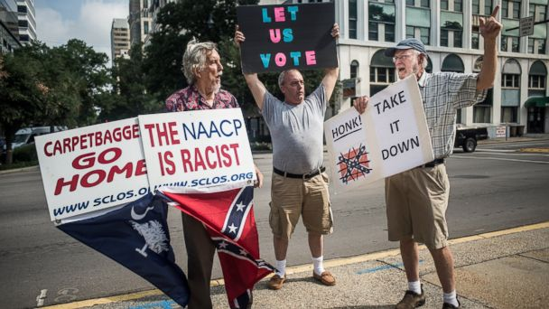 http://a.abcnews.com/images/US/gty_confederate_flag_protest_01_jc_150706_16x9_608.jpg