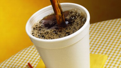 PHOTO: Mayor Bloomberg has announced he would like styrofoam, used in take-out containers and to-go cups banned in businesses throughout the city.