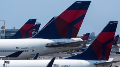 PHOTO: Delta Airlines planes sit at Terminal 4 at John F. Kennedy Airport in New York in this July 22, 2014 file photo.