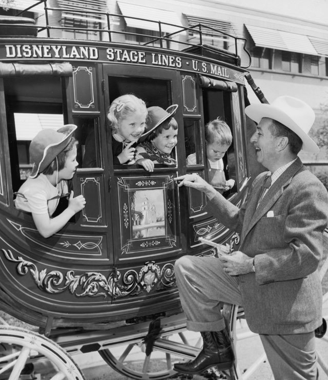 gty disney main street kb 130717 blog Yesteryear in Disneyland