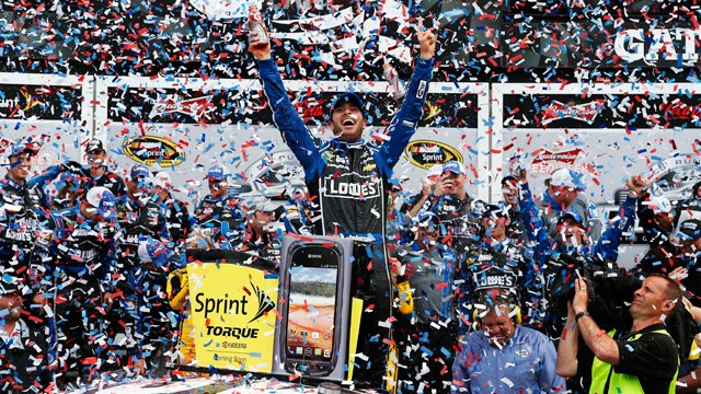 PHOTO: Jimmie Johnson, driver of the #48 Lowe's Chevrolet, celebrates in victory lane after winning the NASCAR Sprint Cup Series Daytona 500 at Daytona International Speedway on Feb. 24, 2013 in Daytona Beach, Fla.