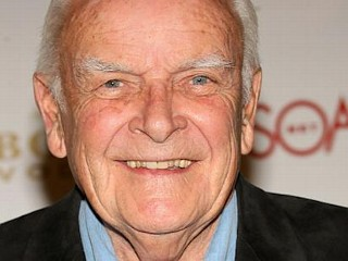 Photos: 'General Hospital' Star Dead at 84