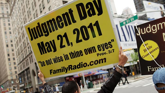 PHOTO: Man holding 'Judgment Day' sign