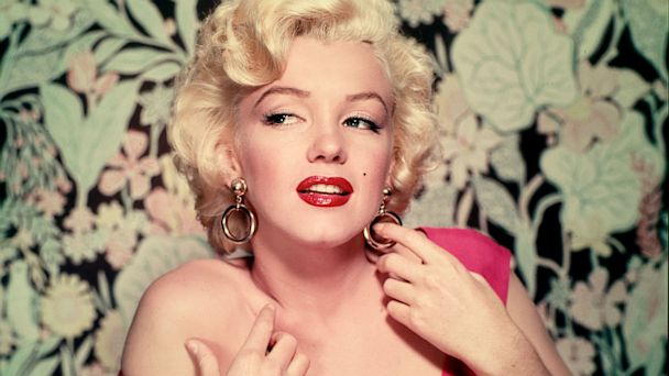 gty marilyn monroe thg 131009 16x9 608 Notes Suggesting Marilyn Monroe Plastic Surgery for Sale
