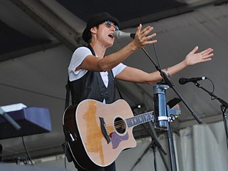 Michelle Shocked Apologizes for Reported Anti-Gay Rant
