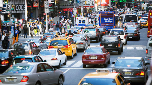 "PHOTO: In 2007, Mayor Bloomberg proposed a ""congestion charge"" in which drivers would have to pay $8 to drive their cars into Manhattan, but was never approved."