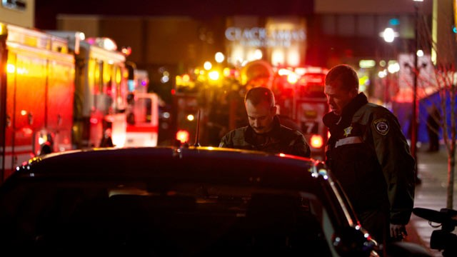 PHOTO: Law enforcement work outside the Clackamas Town Center mall after a shooting, Dec. 11, 2012 in Clackamas, Ore.