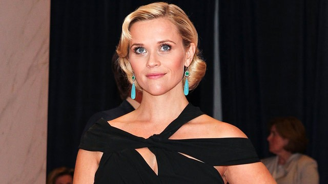 PHOTO: Actress Reese Witherspoon arrives at the 98th annual White House Correspondents' Association Dinner at the Washington Hilton on April 28, 2012 in Washington, DC.