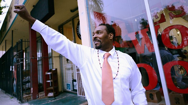 PHOTO: Rodney King arrives at the EsoWon books store to sign copies of his new book,