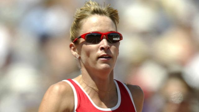 PHOTO: Suzy Favor Hamilton, right, battles for position as she nears the finish line in the women's 1500m final at the USA Outdoor Track and Field Championships on June 21, 2003.