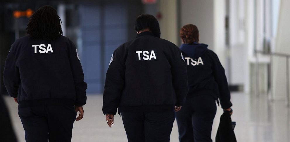 PHOTO: Transportation Security Administration (TSA) workers