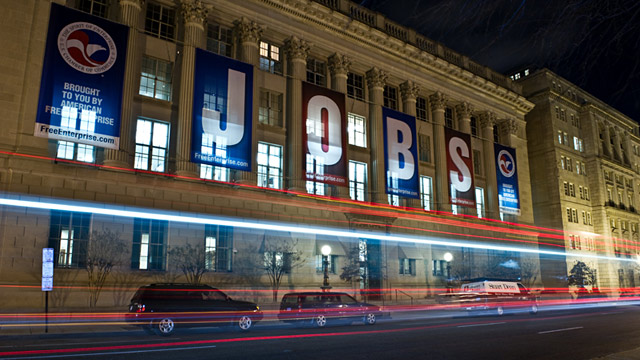 PHOTO: Cars drive past U.S. Chamber of Commerce building
