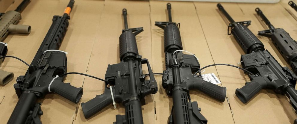 PHOTO: Guns are on display during the Nations Gun Show, Nov. 18, 2016, at Dulles Expo Center in Chantilly, Va.