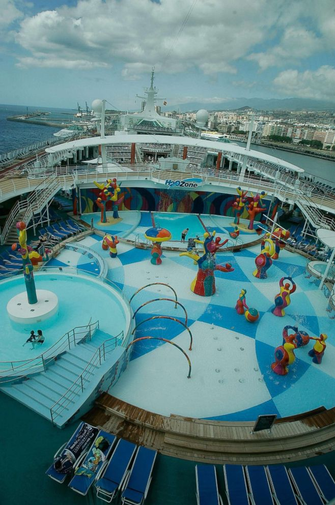 PHOTO: A general view shows the Independence of the Seas cruise ship on its first trip in the Canary Islands of Tenerife on May 10, 2008. The ship belongs to the Royal Caribbean Cruise Lines