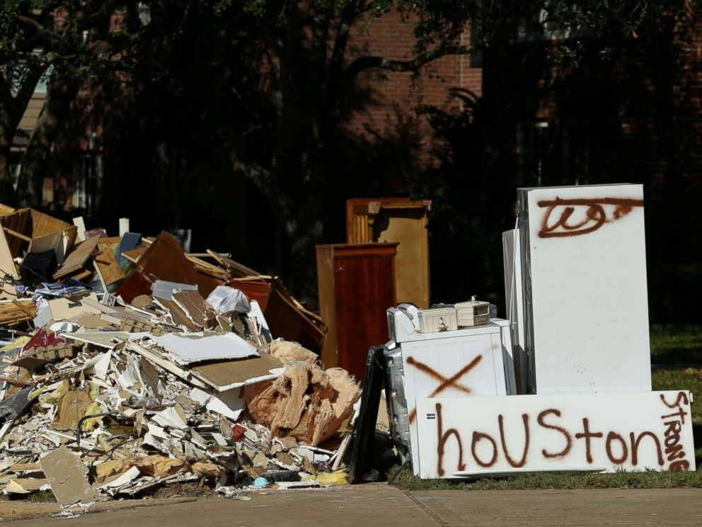 Houston Christmas Tree Pickup Part - 39: PHOTO: Flood-damaged Contents From Homes Line The Roads Along Residential  Streets In The