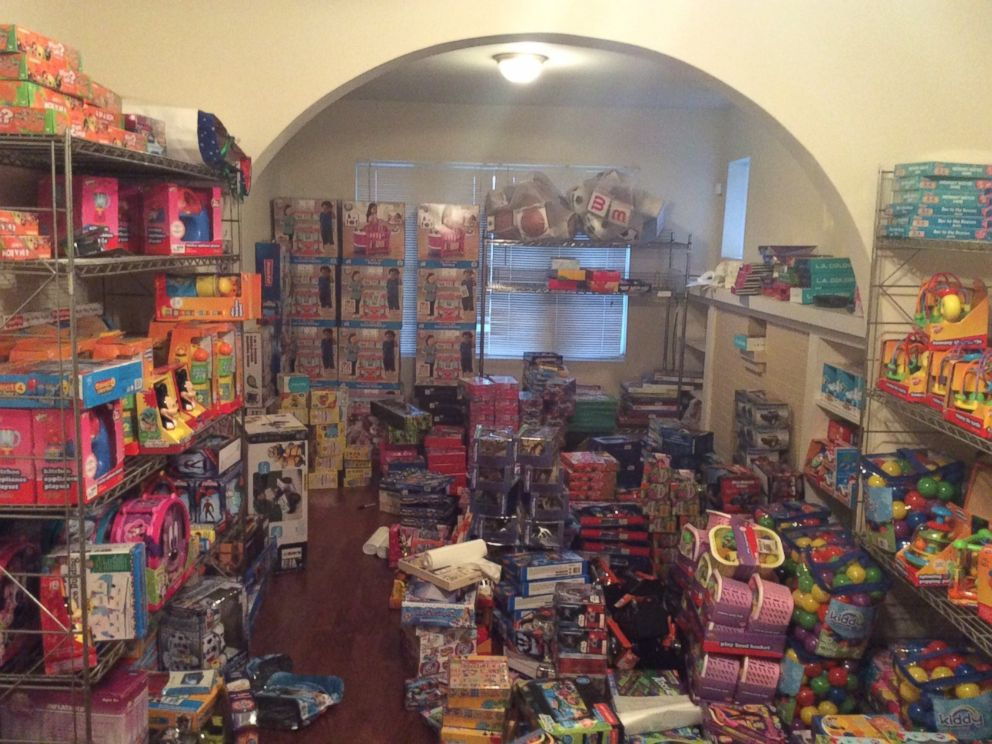 PHOTO: The first floor of Jessie Tenyanis Chicago apartment is covered in toys she plans to donate.