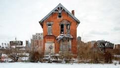 Photographer documents the decline of Detroit.