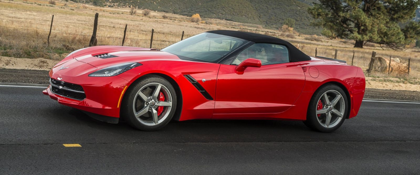 PHOTO: An undated image from Chevrolet shows the 2015 Corvette Stingray convertible.