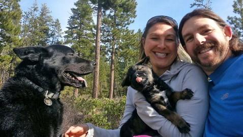 ht Kristina Guerrero Brandon Sylvester thg 130614 wblog Former Air Force Pilot Creates Meal On the Go For Dogs